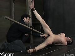 Gratifying beauty'_s sexy clits