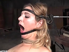 Babe could not stop her Dialect slabber from flowing out while fucked in mouth
