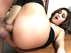 Office Babe Devyn Heart Gets Fucked By Employee in Secret HD