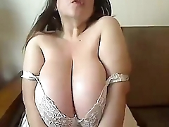 Diana with beamy tits doing excelent - Loveforcams.com