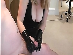 Busty housewife taunts husband at near brutal handjob More on: 18CAMS.CO