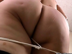 Latina milfs Rosaly and Brenda title to get off